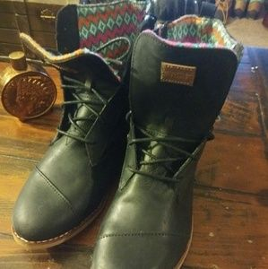 ffc8640baa5 Tom s Black Alpa Boot Boot Laced   Side Zipper